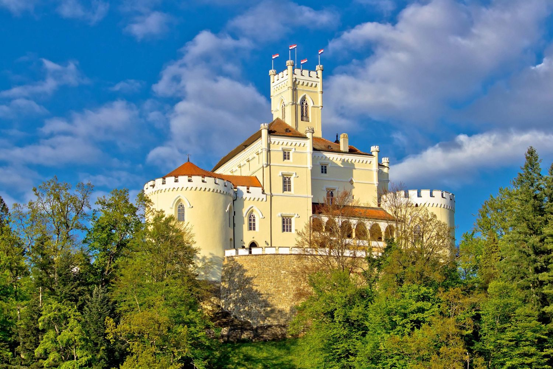 Hiking Trakoscan Castle Croatia